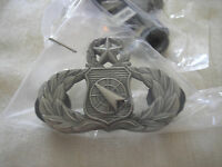 U. S. AIR FORCE MASTER WEAPONS DIRECTOR BADGE-SILVER OXIDE FINISH