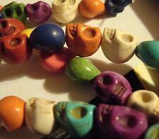 1 cuerda de cráneo Beads Original teñido Howlite 33 Beads Tamaño 12 X 10 Mm Multicolor