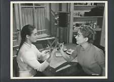 JOAN CRAWFORD + HEATHER SEARS - 1957 THE STORY OF ESTHER COSTELLO  SIGN LANGUAGE