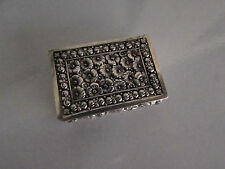 VINTAGE SILVER PILL / SNUFF/ POWDER / POISON BOX W/ FLORAL DESIGN - PORTUGAL