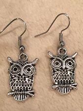 Cute New Tibetan Silver Medium Size Owl Charm Dangle Drop Earrings