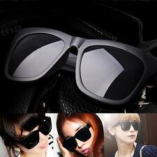 modern Matt-Schwarz Sonnenbrille mit Jahrgang DesignShades mit Charme