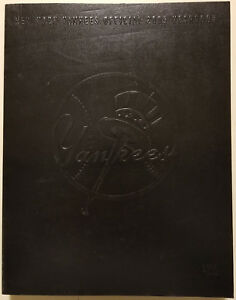2005 NEW YORK YANKEES Yearbook Derek Jeter Mariano Rivera Hall of Fame 2020