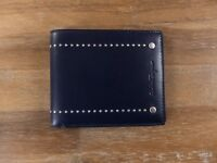 b26a42239487f  450 SALVATORE FERRAGAMO blue leather bifold wallet authentic - New with Box