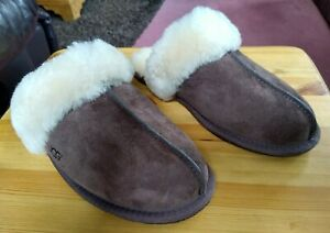 Ugg Scuffette II Dark Brown Shearling Ladies Brown Slippers size 6/39eu NWB