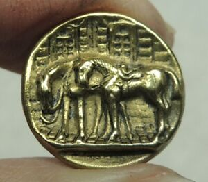 ANTIQUE SMALL BRASS PICTURE BUTTON ~ HORSES ALL SADDLED UP