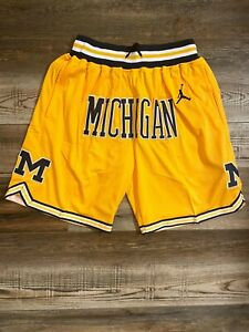 Michigan Wolverines NCAA Summer City Old School Basketball Team Shorts