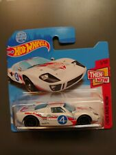 Hot Wheels Then and Now Ford GT-40 GTB33