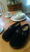 New Beautiful Black Suede Ladies Shoes Size 7M By Bass
