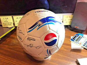 *Ball Has a SLOW LEAK*~ PEPSI WORLD CUP INTL. TEAM AUTOGRAPHED SOCCER BALL