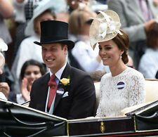 Catherine, Duchess of Cambridge & Prince William UNSIGNED photo - H5807