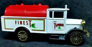 Corgi Morris Truck Typhoo Finest white - Mint minus