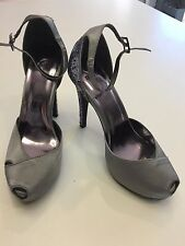 Novo Pretto Silver Satin Heels for Wedding/Party/Function/Special Occasion. Sz 7