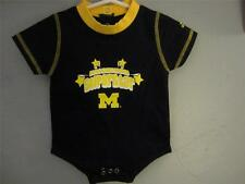 NEW-MENDED MICHIGAN WOLVERINES INFANT SIZE 0/3M 0/3 MONTH ADIDAS CREEPER 68CE