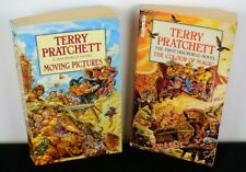 Moving Pictures+The Colour of Magic (Discworld Novel 1+10) by Terry Pratchett