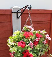 4 X HANGING BASKET BRACKETS FOR CONCRETE FENCE 'H' POST EASYFILL BRACKETS H POST
