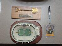 Green Bay Packers Mini Lambeau Field, Groundbreaking Shovel and Brett Favre Card
