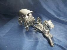 Vintage-Cast-Iron-Amish-Horse-amp-Buggy-with-Family-Detachable-Carriage- Bin H