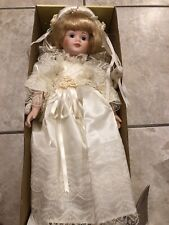 Connoisseur Collection Doll Seymour Mann Angelica Excellent Condition SMOKE FREE