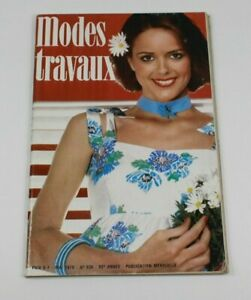 Modes & Travaux Vintage French Fashion Sewing Knitting Magazine May 1978