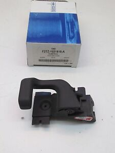 OEM Ford Interior Door Handle Front Right F2TZ-1021818-A  FREE SHIPPING !!!
