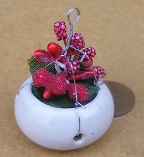 1:12 Ceramic Hanging Basket Red Flowers Dolls House Miniature Garden Accessory
