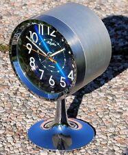 orologio di DESIGN made in Japan Rhythm anni '70 fatto a forma di fanale