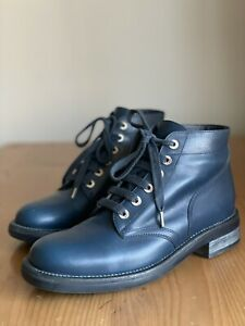 Gorgeous Authentic Chanel Blue Leather CC Logo Combat Boots Size EU 39,5 US 9,5
