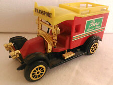 READERS DIGEST CLASSIC TRUCK MINIATURES RENAULT AG 1910 TOY MODEL DIECAST  USED