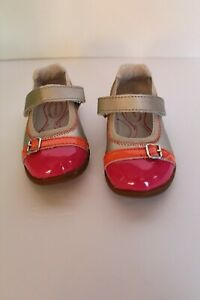 NWT 4 1/2 M Stride Rite Girls silver pink orange shoes Chandra