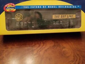 Athearn The Bay Line Green And Yellow Boxcar