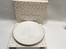 Avon A Child's Christmas 1985 Porcelain Christmas Plate In Box Gold Trim Bisque