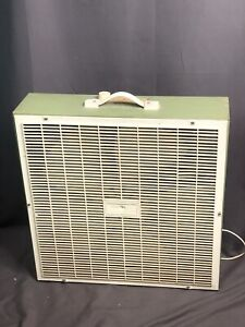 """Bel Aire Vintage 22"""" Box Fan Model P 20-3 Made In USA"""