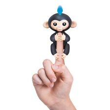 WowWee Fingerlings Baby Monkey Electronic Interactive Toy Robot Pet Black & Blue