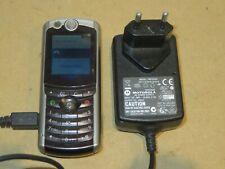 telefono cellulare MOTOROLA E770 S/L con caricabatteria funzionante batteria di