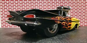 Muscle Machines 1/18 Slammed & Raked Black Flamed 59 El Camino Tequila Sunrise