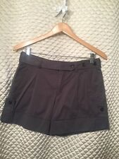Vince NWT Short Cargo Shorts Size 4 Army Green