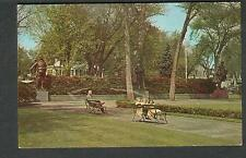 unmailed post card Academy Green Park Kingston NY/man and children on benches