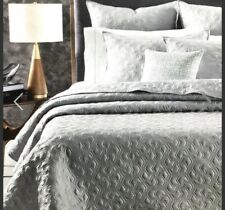 Oake Hexagon Geo King Quilted Coverlet Blanket Gray Silver