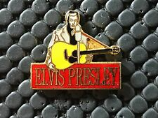 pins pin BADGE MUSIQUE ELVIS PRESSE GUITARE THE KING