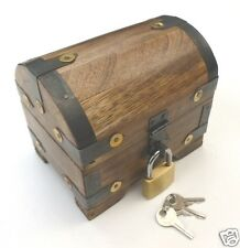 Boîte à trésors Coffre au trésor en bois avec cadenas 10x7x9 cm