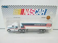Ertl 1990 Richard Petty STP Racing Tractor Trailer