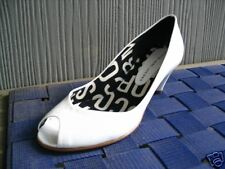 673582 MARC JACOBS WHITE PATENT PEEP TOE PUMPS 6.5 36.5