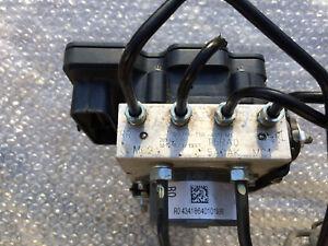 2015 2018 HONDA FIT ABS Anti lock brake actuator pump assembly OEM 21K used