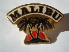 PINS ALCOOL MALIBU RHUM