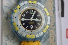 NEW 1995 Swatch Scuba Goldfish SDN111 New Old Stock w/ Manufactures Warranty
