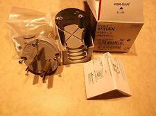 COOPER 5701AN AUTOGRIP 30A 250V 2P 3W ANGLE PLUG