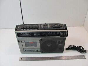 General Electric 3-5214A AM FM Cassette Recorder Radio Boombox Battery GE