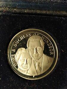 Medallion Duke & Duchess of Windsor In Memory Edward VIII 1894-1972 (King  19360