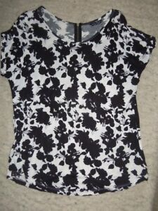 5/8 GORGEOUS BLACK WHITE SILHOUETTE EXPOSED BACK ZIP SLEEVELESS SELECT TOP 16